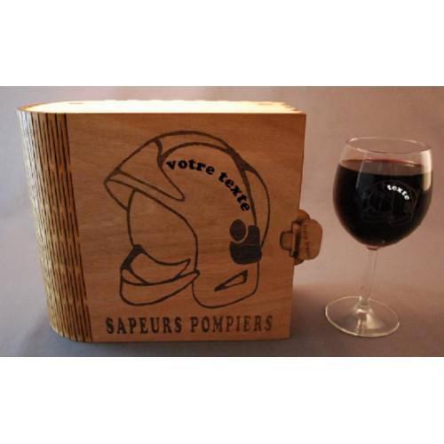 Coffret 2 verres à vin gravés pompier casque F1 personnalisable