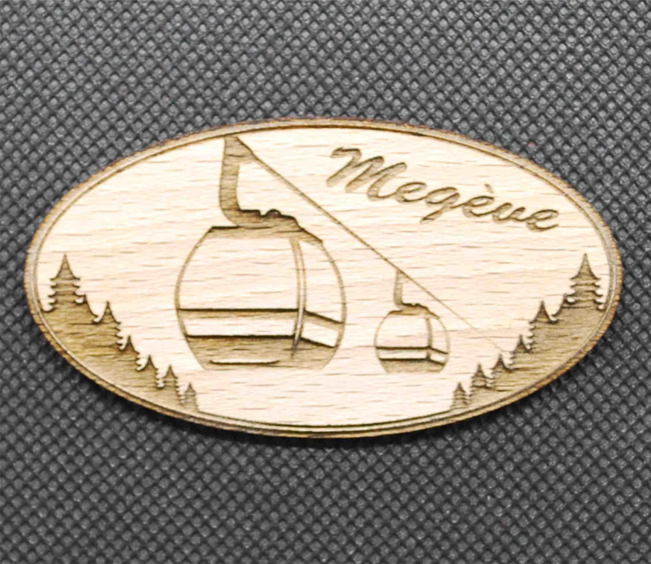 magnet en bois montagne