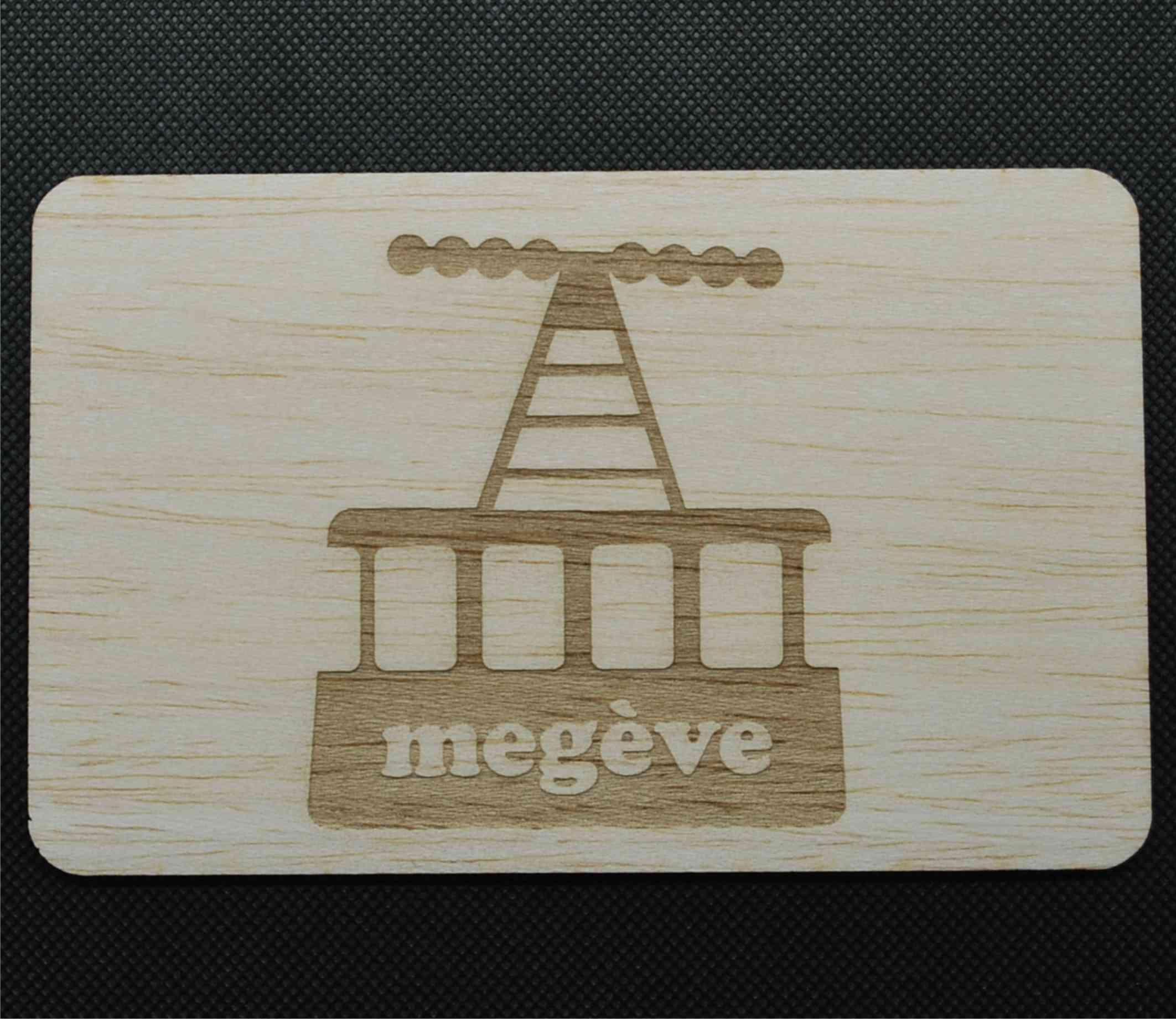 Carte postale en bois téléphérique
