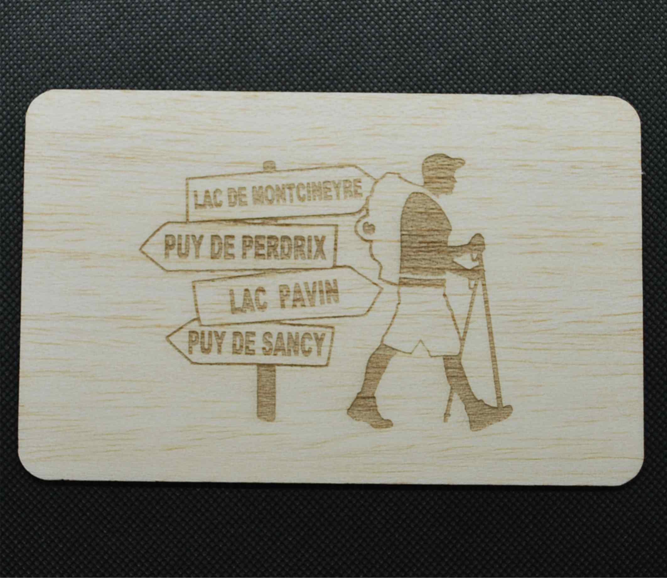 Carte postale en bois randonnée